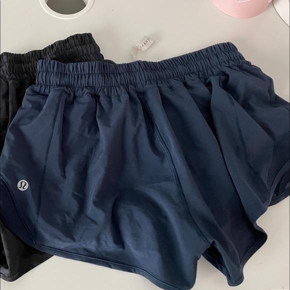 lululemon hotty hot shorts navy